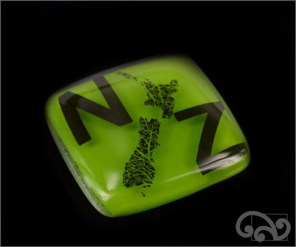 NZ map glass note weights
