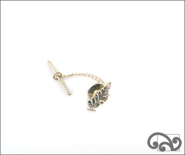 Tiny fern tie tac