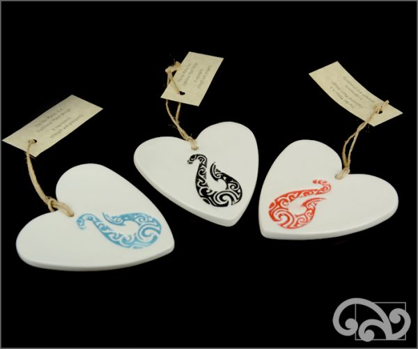 Ceramic hearts with fishhook
