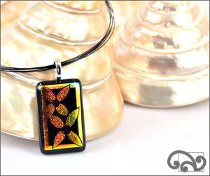 Daisies glass pendant