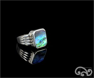 Silver ring with large square paua