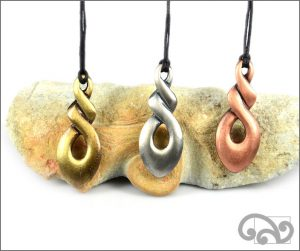 Triple twist zinc pendants