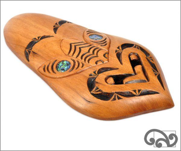 Maori tu mask