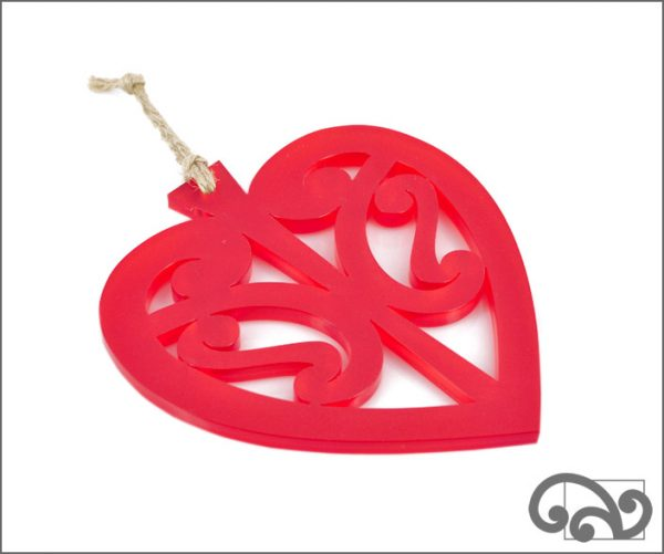 Resin heart wall decoration, red