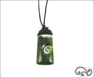 Greenstone toki with single koru