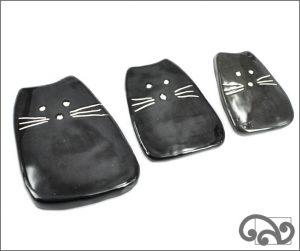 Black ceramic cats